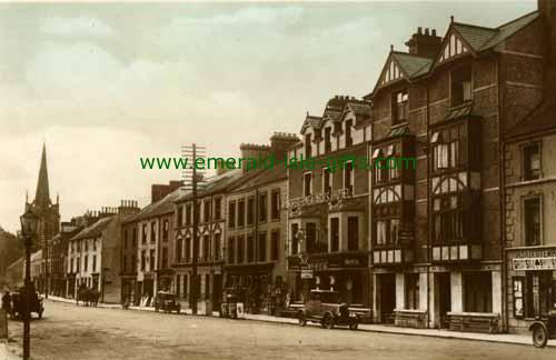 Antrim Town - High St 1920
