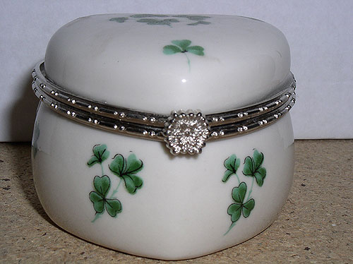 Shamrock Small Cute Trinket Box