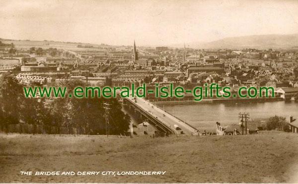 Derry City - Main Bridge over Foyle