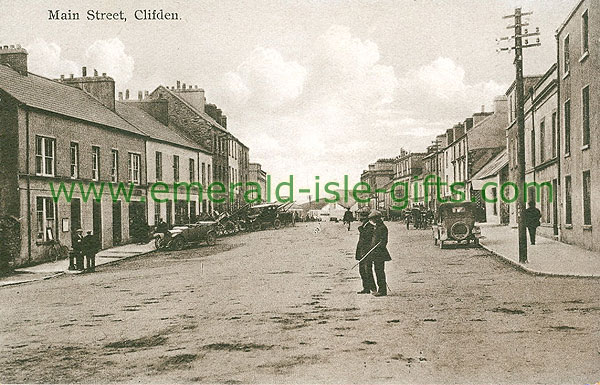 Galway - Clifden - b/w Main Street