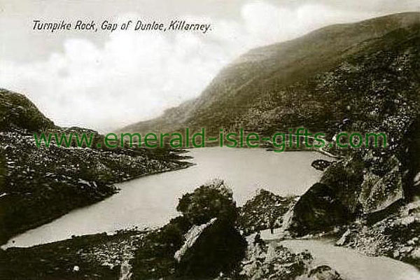 Kerry - Killarney - Turnpike at Gap of Dunlie