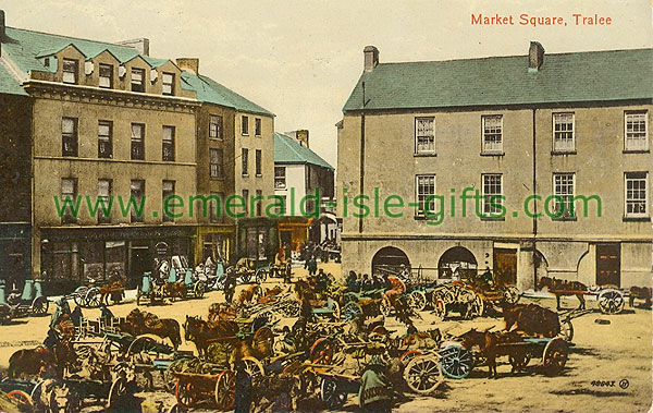 Kerry - Tralee - Market Square - busy