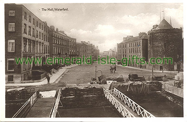 Waterford Town - b/w view of The Mall