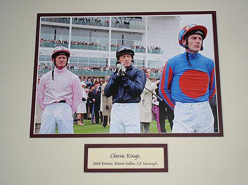 Mick Kinnane, Kieran Fallon, J.P. Murtagh (Classic Kings)