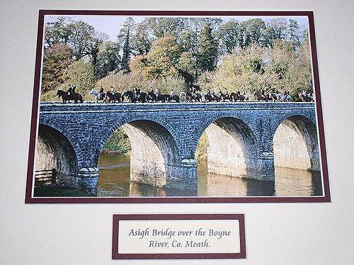Hunt Crossing the River Boyne (Asigh Bridge)