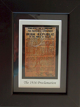 Easter Rising Proclamation Trinity College (Dublin Framed Miniature Picture)