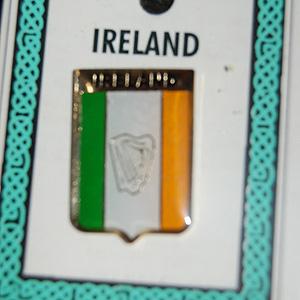Ireland Tricolour  & Hap Pin Lapel (Irish Souvenir)