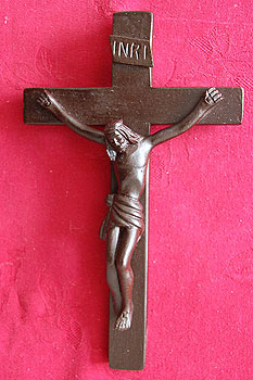 "Irish Turf Crucifix 8.5"" inches"