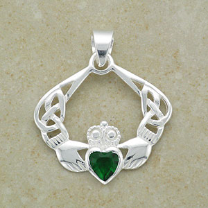 Stylish Emerald Claddagh Bracelet