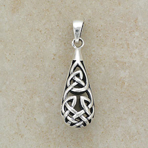 A Celtic Design Silver Pendant