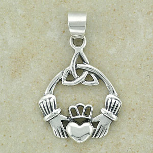 Plain Claddagh Friendship Pendant