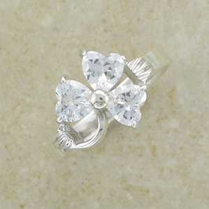CZ Sparkly Shamrock Sterling Silver Ring (Cubic Zirconia)