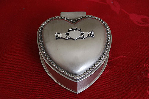 Mullingar Pewter Claddagh Jewellery Box