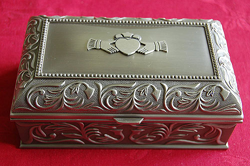 Irish Claddagh Jewelry Box by Mullingar Pewter