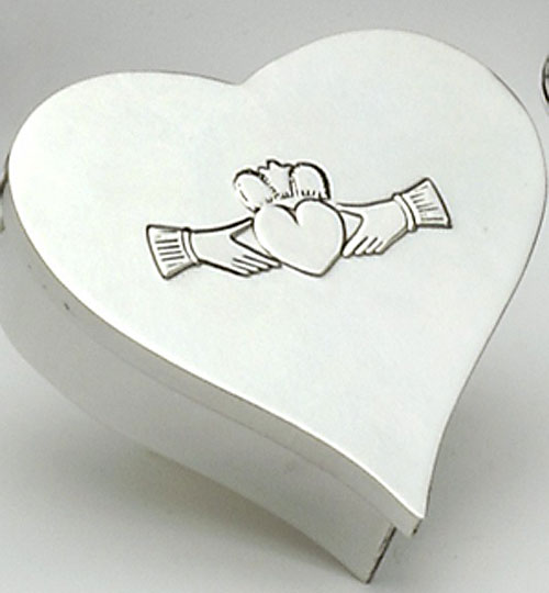 Pewter Heart Keepsake Box (wonderful gift item)