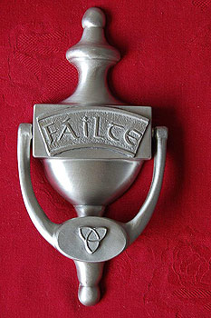F�ilte Irish Welcome Door Knocker